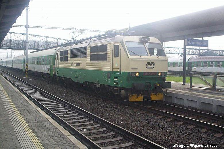 SM42 1000