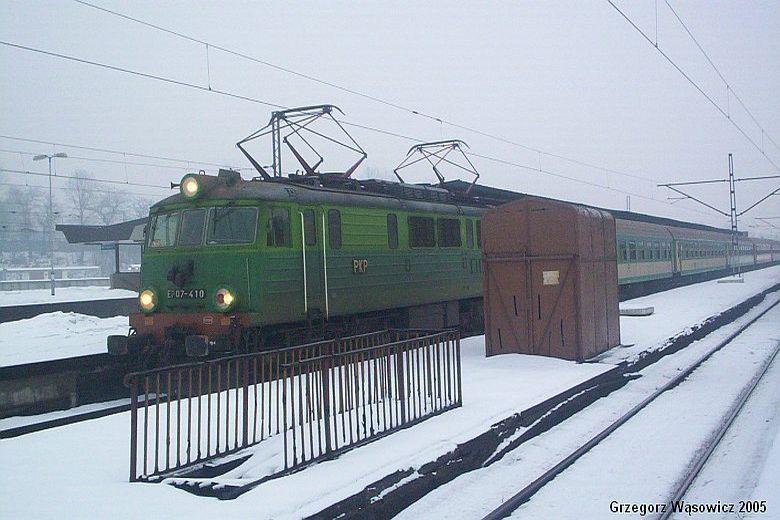 EP09 410