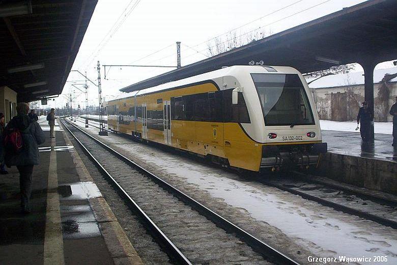 SA132 002