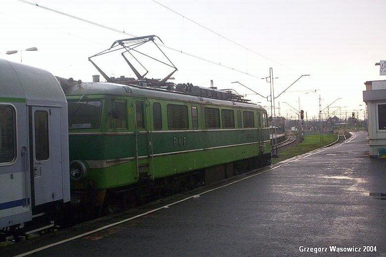 EU06 11